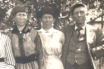 Old photo of people